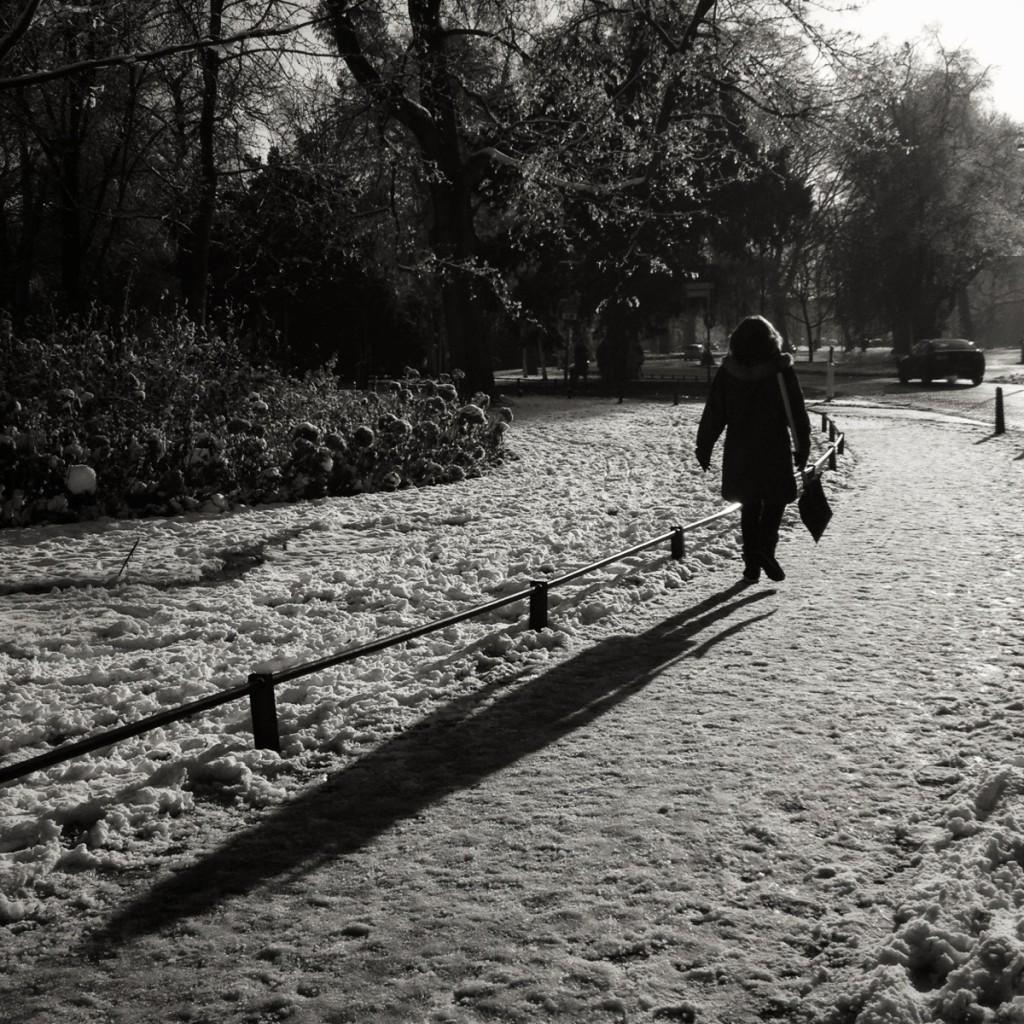 iPhone-shadow-photo-1024x1024